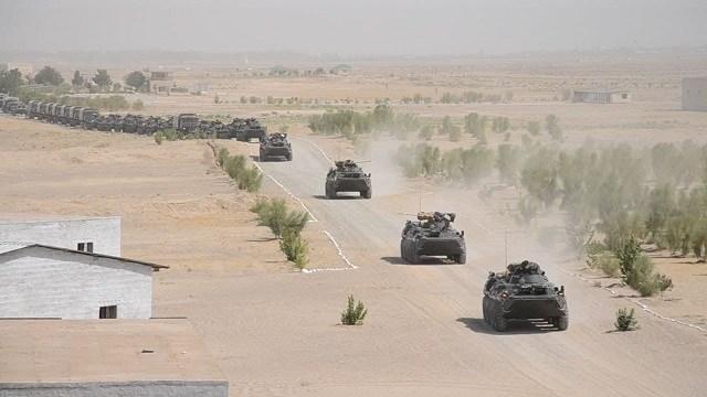 Özbekistan, Afganistan sınırı yakınındaki Tirmiz poligonunda askeri tatbikata başladı