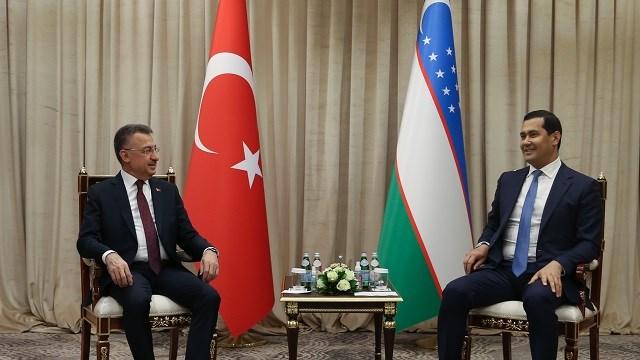 Cumhurbaşkanı Yardımcısı Oktay Özbekistan'a geldi